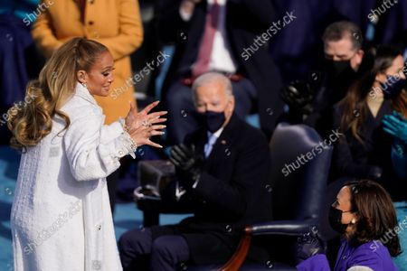 Jennifer Lopez performs during the 59th presidential inauguration in Washington, D.C. on Wednesday, Jan. 20, 2021. (Kent Nishimura / Los Angeles Times)