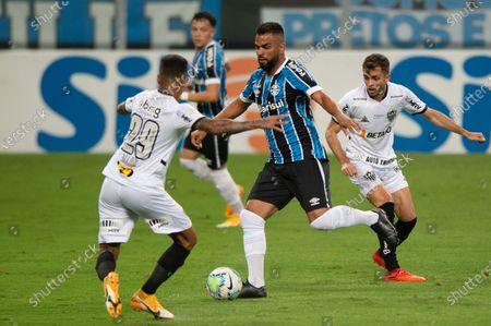 Maicon of Gremio and Gabriel of Atlético Mineiro; Arena de Gremio, Porto Alegre, Brazil; Brazilian Serie A football, Gremio versus Atletico Mineiro.