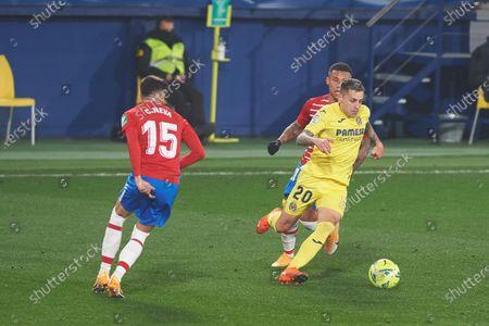 Ruben Pena of Villarreal CF and Carlos Neva of Granada during the La Liga Santander mach between Villarreal and Granada at Estadio de la Ceramica on 22 January, 2021 in Vila-real, Spain