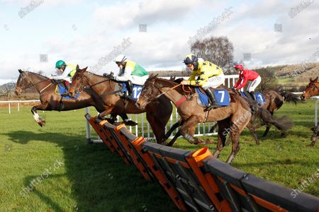 Onchan leads winner Theme Tune and Jonjo O'Neill in the Watch On Racing TV Maiden Hurdle at Ludlow.