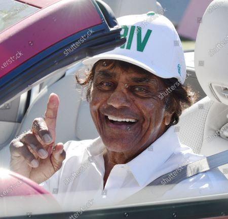 Exclusive - Johnny Mathis out and about, Los Angeles