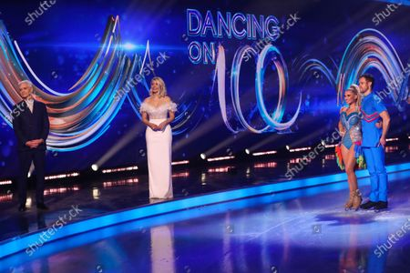 Phillip Schofield, Holly Willoughby, Billie Faiers and Mark Hanretty - Skating to 'Spice Up Your Life'