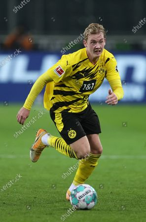 Julian Brandt of Dortmund in action during the German Bundesliga soccer match between Borussia Moenchengladbach and Borussia Dortmund at Borussia-Park in Moenchengladbach, Germany, 22 January 2021.