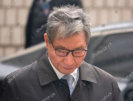 Jang Choong-Ki, former deputy director of Samsung Group's Future Strategy Office, arrives at the Seoul High Court to attend a retrial of a bribery case involving former South Korean President Park Geun-Hye. Samsung Vice Chairman Lee Jae-Yong was taken into custody after being sentenced by the court at the retrial to two years and six months in prison. Lee had been charged with bribing former President Park to help him inherit control of Samsung. Choi Gee-Sung had been indicted as Lee's accomplices and was sentenced to two years and six months in prison.