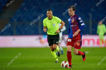 # 14 Valentin Stocker (Basel) in action on the ball