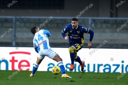"Mattia Zaccagni (Hellas Verona)Dries Mertens (Napoli)           during the Italian ""Serie A  match between Hellas Verona 3-1 Napoli at  Marcantonio Bentegodi Stadium on January 24 , 2021 in Verona, Italy."