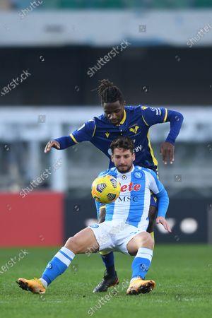 "Dries Mertens (Napoli)Adrien Tameze (Hellas Verona)           during the Italian ""Serie A  match between Hellas Verona 3-1 Napoli at  Marcantonio Bentegodi Stadium on January 24 , 2021 in Verona, Italy."