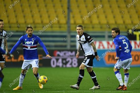 "Gaston Exequiel Ramirez Pereyra (Sampdoria)Juraj Kucka (Parma)Adrien Silva (Sampdoria)           during the Italian ""Serie A  match between Parma 0-2 Sampdoria at  Ennio Tardini Stadium on January 24 , 2021 in Parma, Italy."