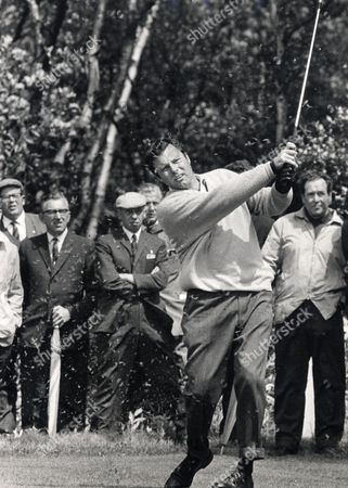 Editorial picture of Peter Alliss Golfer . Rexmailpix.