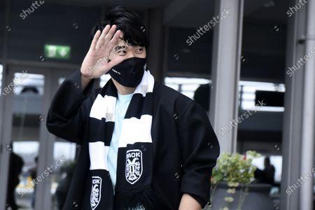 Japanese footballer Shinji Kagawa at Thessaloniki Airport