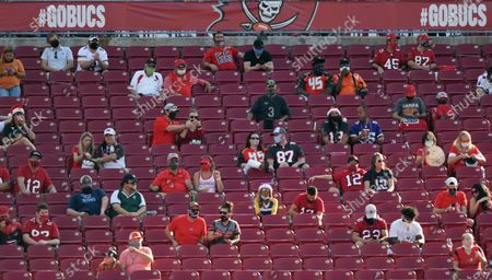 Stock Photo of Hall of Famer Warren Sapp wishes the Tampa Bay Buccaneers could pack the stands for the first Super Bowl played in a host team's home stadium