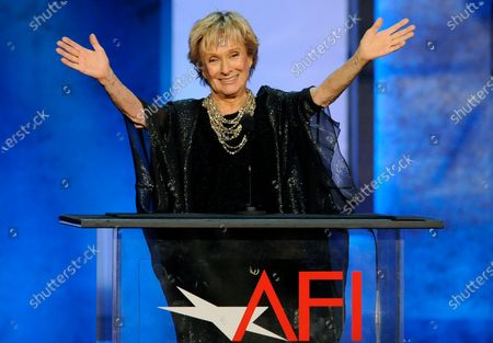 """Actress Cloris Leachman gestures to honoree Mel Brooks in the audience during the American Film Institute's 41st Lifetime Achievement Award Gala, in Los Angeles. Leachman, a character actor whose depth of talent brought her an Oscar for the """"The Last Picture Show"""" and Emmys for her comedic work in """"The Mary Tyler Moore Show"""" and other TV series, has died. She was 94"""