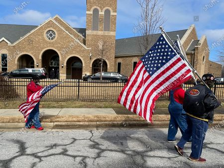 Fans arrive at Baseball Hall Of Fame player, Hank Aaron's Funeral Service at Friendship Baptist Church