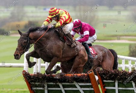 The John Mulhern Galmoy Hurdle. Phillip Enright onboard Sams Profile jumps the last to win ahead of Sean Flanagan onboard Diol Ker