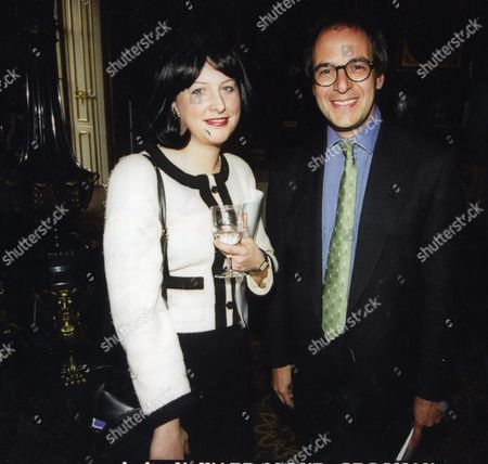 Vicky Ward (vicki Ward) Journalist Pictured With Lloyd Grossman At The Apsley House Museum