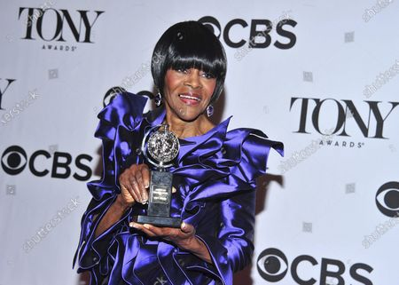 """Cicely Tyson poses with her award for best actress in a play for """"The Trip to Bountiful,"""" in the press room at the 67th Annual Tony Awards, in New York. Tyson, the pioneering Black actress who gained an Oscar nomination for her role as the sharecropper's wife in """"Sounder,"""" a Tony Award in 2013 at age 88 and touched TV viewers' hearts in """"The Autobiography of Miss Jane Pittman,"""" has died. She was 96. Tyson's death was announced by her family, via her manager Larry Thompson, who did not immediately provide additional details"""