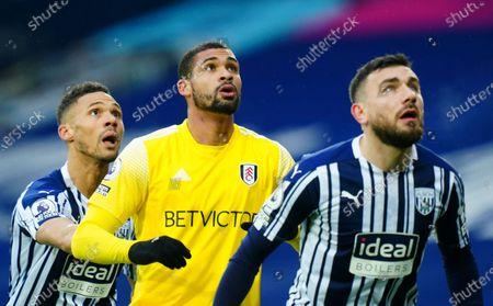 Ruben Loftus-Cheek of Fulham in between Kieran Gibbs and Robert Snodgrass of West Bromwich Albion, right