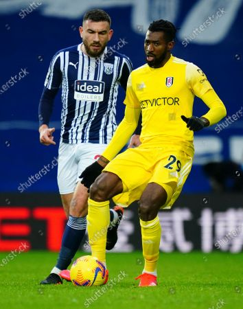 Robert Snodgrass of West Bromwich Albion and Andre Frank Zambo Anguissa of Fulham