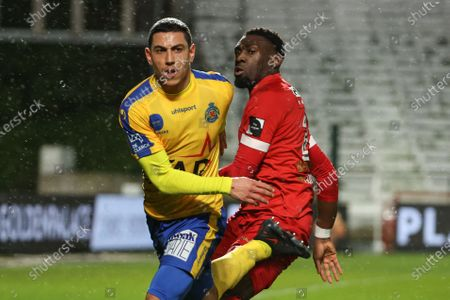 Waasland-Beveren's Jordan Faucher Chebel and Antwerp's Dylan Batubinsika pictured in action during a soccer match between Royal Antwerp FC and Waasland-Beveren, Friday 29 January 2021 in Antwerp, on day 23 of the 'Jupiler Pro League' first division of the Belgian championship.