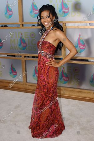 Amerie arrives to the MTV Video Music Awards