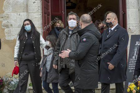 Cepoy Obseques du cascadeur Remy Julienne a Cepoy mort le 21 janvier des suites du Covid-19 a l age de 90 ans. ses fils, Michel et Dominique et sa fille Diane.