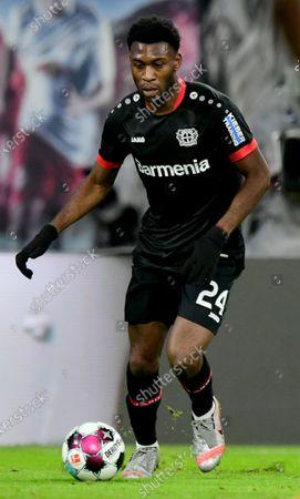 Leverkusen's Timothy Fosu-Mensah in action during the German Bundesliga soccer match between RB Leipzig and Bayer 04 Leverkusen in Leipzig, Germany, 30 January 2021.