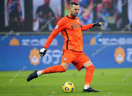 Inter's goalkeeper Samir Handanovic in action during the Italian Serie A soccer match between FC Inter and Benevento Calcio at Giuseppe Meazza stadium in Milan, Italy, 30 January 2021.