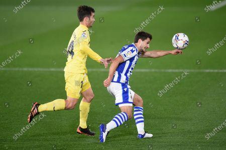 Manu Trigueros of Villarreal CF and Asier Illarramendi of Real Sociedad
