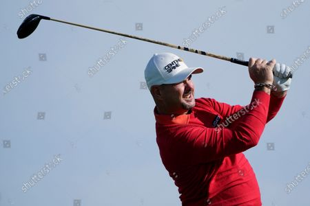Stock Image of Rory Sabbatini, of South Africa, hits from the second tee on the South Course during the final round of the Farmers Insurance Open golf tournament at Torrey Pines, in San Diego