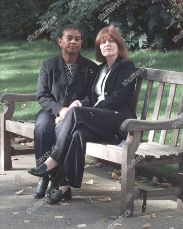 Stock Photo of Women Of The Year Lunch 1998. Linda Mccartney Was Named 'women Of The Year'. Picture Shows : Doreen Lawrence Mother Of Murder Victim Stephen & Frances Lawrence Widow Of The Late Murdered Headmaster Philip Lawrence Were Guests At The 'empty Chair' Lunch At The Savoy .