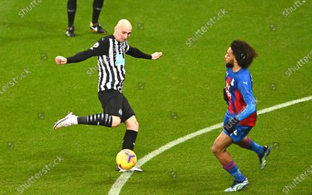 Newcastle's Jonjo Shelvey scores his side's opening goal during the English Premier League soccer match between Newcastle United and Crystal Palace at St. James' Park in Newcastle, England