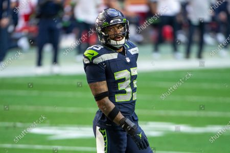 Seattle Seahawks strong safety Jamal Adams (33) reacts on the field against the San Francisco 49ers during an NFL football game, in Glendale, Ariz