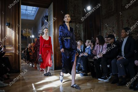 Stock Image of Model on the catwalk at the Altuzarra Fashion show in Paris, Fall Winter 2020, Ready to Wear Fashion Week Collection designed by Joseph Altuzarra