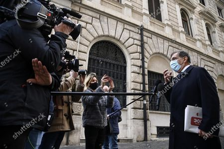 Fratelli d'Italia's senator Ignazio La Russa is interviewed by journalists and cameramen in piazza Montecitorio, Rome, Italy, 04 February 2021. Mario Draghi accepted on 03 February a mandate from the Italian president to form a national unity government after the previous coalition collapsed.