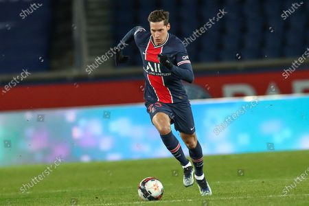 PSG's Julian Draxler controls the ball during the French League One soccer match between Paris Saint-Germain and Nimes at the Parc des Princes stadium in Paris, France