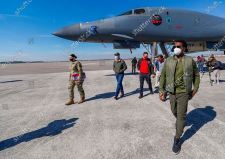 Stock Picture of Former NFL player Cris Carter walks near a US Air Force B-1 bomber during a Salute to Service community outreach event to honor US military members at MacDill Air Force Base ahead of the NFL Super Bowl LV in Tampa, Florida, USA, 04 February 2021. The AFC Champion Kansas City Chiefs and the NFC Champion Tampa Bay Buccaneers will face off in NFL Super Bowl LV at Raymond James Stadium on 07 February 2021. A scheduled flyover during the US national anthem will include the B-1, B-2 and B-52.