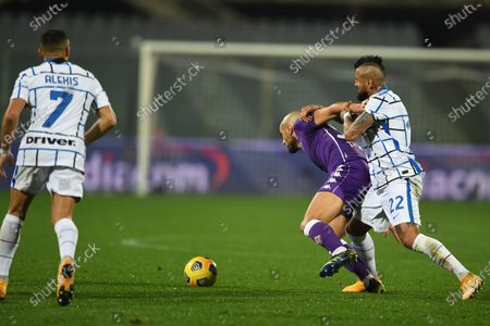 "Alexis Sanchez (Inter)Sofyan Amrabat (Fiorentina)Arturo Vidal (Inter)           during the Italian ""Serie A"" match between Fiorentina 0-2 Inter  at  Artemio Franchi Stadium in Florence, Italy."