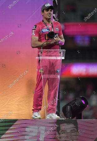 Moises Henriques of the Sydney Sixers makes a speech after the final; Sydney Cricket Ground, Sydney, New South Wales, Australia; Big Bash League Cricket, Final, Sydney Sixers versus Perth Scorchers.