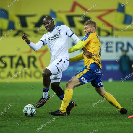 Club's Eder Balanta and Waasland-Beveren's Sivert Heltne Nilsen fight for the ball during a soccer match between Waasland-Beveren and Club Brugge, Saturday 06 February 2021 in Beveren, on day 24 of the 'Jupiler Pro League' first division of the Belgian championship.