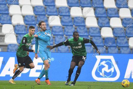 "Mert Muldur (Sassuolo)Simone Bastoni (Spezia)Pedro Obiang (Sassuolo)           during the Italian ""Serie A"" match between Sassuolo 1-2 Spezia  at  Mapei Stadium in Reggio Emilia, Italy."