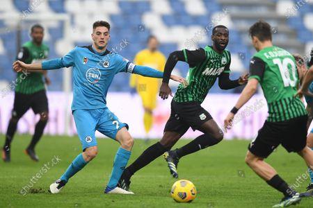 """Giulio Maggiore (Spezia)Pedro Obiang (Sassuolo)           during the Italian """"Serie A"""" match between Sassuolo 1-2 Spezia  at  Mapei Stadium in Reggio Emilia, Italy."""