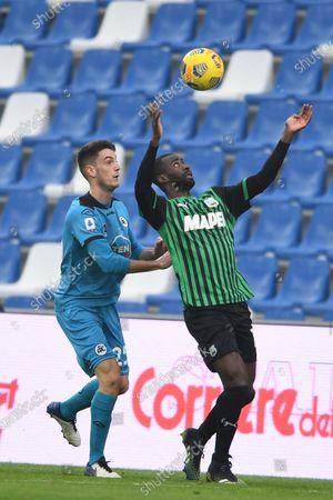 """Stock Picture of Pedro Obiang (Sassuolo)Giulio Maggiore (Spezia)           during the Italian """"Serie A"""" match between Sassuolo 1-2 Spezia  at  Mapei Stadium in Reggio Emilia, Italy."""