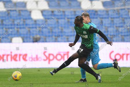 "Pedro Obiang (Sassuolo)Matteo Ricci (Spezia)           during the Italian ""Serie A"" match between Sassuolo 1-2 Spezia  at  Mapei Stadium in Reggio Emilia, Italy."
