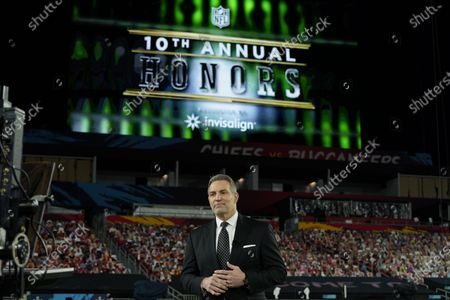 Stock Image of Hall of Famer Kurt Warner speaks during the NFL Honors ceremony as part of Super Bowl 55, in Tampa, Fla