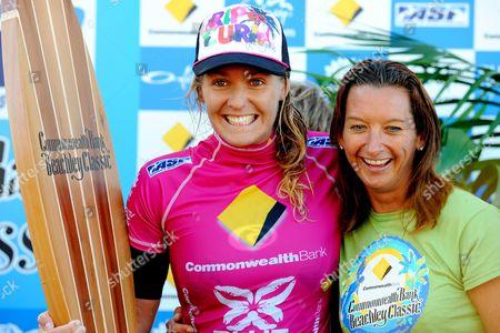 Stephanie Gilmore and Layne Beachley