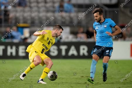 Tim Payne of Wellington Phoenix controls the ball during the Hyundai A-League soccer match between Sydney FC and Wellington Phoenix.