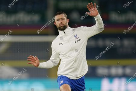 Gary Cahill of Crystal Palace warms up ahead of the English Premier League soccer match between Leeds United and Crystal Palace in Leeds, Britain, 08 February 2021.