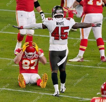 Kansas City Chiefs tight end Travis Kelce (87) reacts after a pass in broken up by Tampa Bay Buccaneers inside linebacker Devin White (45) during the second half of the NFL Super Bowl 55 football game, in Tampa, Fla