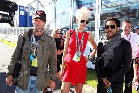 L-R: Aaron Eckhart (USA) Actor, Kate Peck (USA) Model and Lenny Kravitz (USA) Rock Star on the grid.Formula One World Championship, Rd1, Australian Grand Prix, Race, Albert Park, Melbourne, Australia, Sunday 18 March 2012.