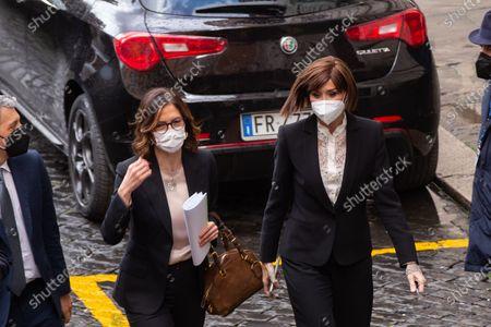 Anna Maria Bernini and Mariastella Gelmini enter the Montecitorio Palace